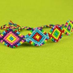 Macramé Indian Bracelet Tutorial