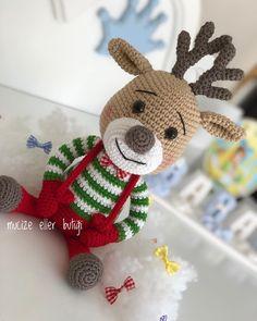 Amigurumi Deer Recipe Making - Dekor Christmas Deer, Christmas Crafts, Christmas Ornaments, Crochet Bear, Crochet Animals, Preschool Crafts, Diy Crafts, Crochet Dolls Free Patterns, Reno