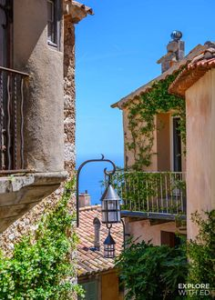 A day trip to the charming village of Eze in the South of France with travel tips for local buses and taxis from Nice and Villefranche-sur-Mer. European Summer, Italian Summer, Summer Europe, France 3, South Of France, Mykonos, Santorini, Architecture France, Places To Travel