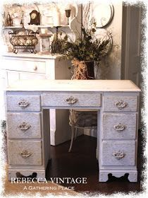 A Gathering Place: ~FRENCH INFUSED VINTAGE DESK...Oooooh Lahhhhh Lahhhhh~