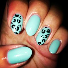 Essie turquoise and caicos, with a cheetah/leopard print. Done by me :)