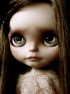 Ooak Custom Blythe Art Doll  Willow  - Base doll RBL ( Urban Cowgirl ) - Mouth & nostril carved - New make up sealed with MSC - painted eyelids with