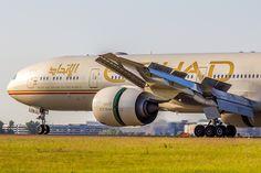 https://flic.kr/p/udeR13   Boeing 777-3FXER Etihad Airways A6-ETN (CDG)