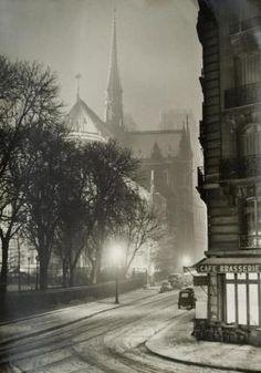 Uma noite de inverno em Paris, c.1940s por MyohoDane