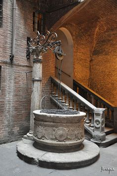 Well in Toscana, Italy Pisa, Oh The Places You'll Go, Places To Visit, Tuscany Italy, Italy Italy, Toscana Italia, Under The Tuscan Sun, Stairway To Heaven, Tuscan Style