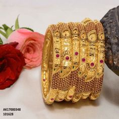 Gold Bangles Design, Gold Earrings Designs, Jewelry Design, Necklace Designs, Gold Wedding Jewelry, Gold Jewelry, Bridal Jewelry, Diamond Jewelry, Bridal Jewellery Inspiration