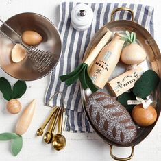 Play Food Set, Pretend Food, Pretend Play, Greek Plays, Wooden Play Kitchen, Felt Leaves, Felt Food, Cotton Drawstring Bags, Toys Shop