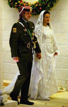 Crown Prince Hamzeh of Jordan and his bride Princess Noor wedding on May 27, 2004 in Amman, Jordan.