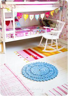 so sweet little girls room. Darling crochet rug!
