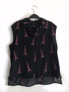 Chemise fluide noir avec Tour Eiffels H&M H&M ! Taille 34 / 6 / XS  à seulement 5.00 €. Par ici : http://www.vinted.fr/mode-femmes/blouses-and-chemises/31166988-chemise-fluide-noir-avec-tour-eiffels-hm.