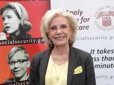 """Patty Duke, who won an Oscar for her role as Helen Keller in """"The Miracle Worker,"""" has passed away at the age of 69. Duke died at 1:20 am on Tuesday morning. Her rep said in a statement, """"Her cause of death was sepsis from a ruptured intestine. She was…"""