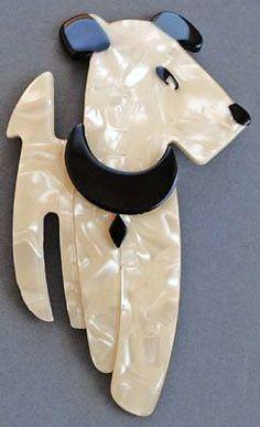 Léa Stein - Broche 'Chien Fox Terrier'