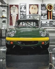 Say cheese 😦 #TetsuIkuzawa #Lotus #Elan #racecar #TeamIkuzawa #GrandPrix #Nurburgring