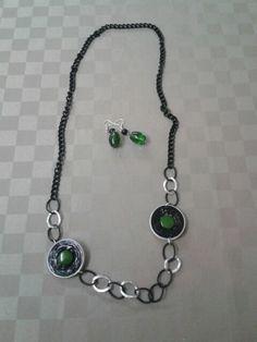 collana verde e nera