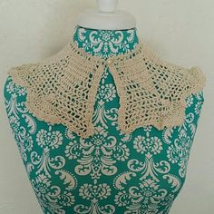 Hand Crocheted Lace Peter Pan Collar Gorgeous! Very Zooey Deschanel.  Use this collar to dress up any top, sweater or dress. The possibilities are endless! Vintage Accessories