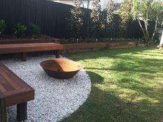 Backyard Seating, Backyard Patio Designs, Fire Pit Backyard, Fire Pit Seating, Fire Pit Landscaping, Small Backyard Landscaping, Landscaping Design, Deco Originale, Backyard Makeover