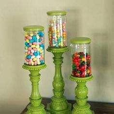 I think this is a great tip – spray painting the lids to your repurposed jars to match the stand/base makes them look like a real set.  A charming wedding or housewarming gift.  (I would like mine filled with candy.