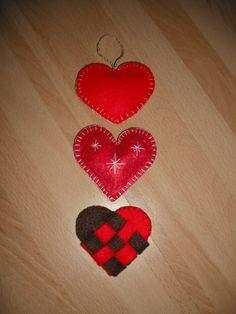 Hearts made from felt <3