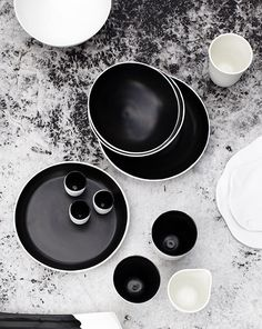 Handcrafted ceramics by Melbourne based Andrew Davidoff.  Photos - Clare Plueckhahn via thedesignfiles.net