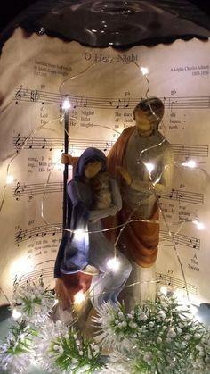 Use music book sheets Christmas Nativity Scene, Christmas Jars, Christmas Lanterns, Christmas Love, Winter Christmas, Vintage Christmas, Nativity Sets, Outdoor Nativity Scene, Christmas Ideas