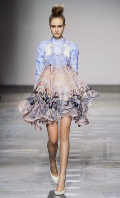 Mary Katrantzou FW/12 : the new designer to follow. This dress will be a must have for sure!