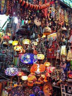 Muttrah Souk in Muscat, Oman!  سلطنة عمان I NEED ALL THE LANTERNS
