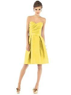 pretty color for bridesmaid dress