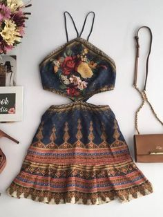 Winter Fashion For Women Bohemian fashion clothes boho setup hippie clothing boutique.Winter Fashion For Women Bohemian fashion clothes boho setup hippie clothing boutique Look Boho, Bohemian Style, Earthy Style, Hippie Boho, Bohemian Outfit, Hippie Pants, Vintage Hippie, Gypsy Style, Rustic Style
