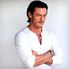 """Luke Evans, you handsome devil you. Luke Evans, age 34, 6'0"""" born in Pontypool Wales, playing Bard in The Hobbit Movie Desolation of Smaug 2013 Via http://the-hobbit.tumblr.com/post/66964460806/luke-evans-covers-mens-health-magazine-this"""