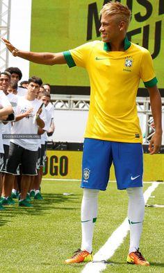 Brazil 2013/14 Nike Home Jersey