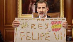http://www.eljueves.es/news/revelan-que-titulo-rey-felipe-tambien-falso_2252