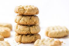 Almond Flour Shortbread Cookies - Flourish - King Arthur Flour: These almond flour shortbread cookies are one of the easiest recipes you could ever make. Just 5 ingredients, one bowl and less than 10 minutes to bake. Almond Flour Cookies, Almond Flour Recipes, Keto Cookies, Shortbread Cookies, Healthy Cookies, Sugar Cookies, Low Carb Desserts, Gluten Free Desserts, Low Carb Recipes