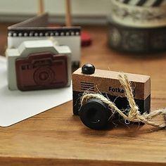 старинный фотоаппарат рисунок древесины марка (случайные цвета) – RUB p. 137,99