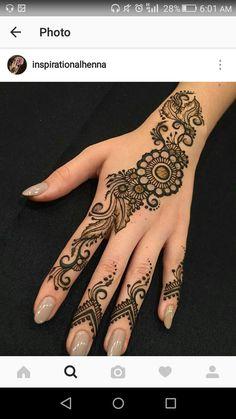 Simple yet beautiful Henna Hand Designs, Mehndi Designs Finger, Hena Designs, Mehndi Designs For Girls, Wedding Mehndi Designs, Mehndi Designs For Fingers, Beautiful Henna Designs, Henna Tattoo Designs, Wedding Henna
