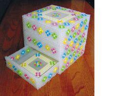 Jewelry box, perler beads. Japanese website, so cute!