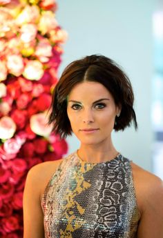 The Film LaB's 8 favorite photos of Jaimie Alexander in 2015 Jaimie Alexander, Jaime Alexander Hair, Short Layered Haircuts, Short Hair Cuts, Short Hair Styles, Summer Hairstyles, Cute Hairstyles, New Hair, Your Hair