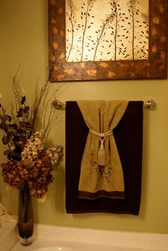 Bathroom Towel Decor Ideas With Decorating Picture. Bathroom towel decor ideas with decorating picture. Bathroom Towel Decor Ideas With Decorating Picture Decorative Towels, Hang Towels In Bathroom, Restroom Decor, Bathroom Towel Decor, Bathroom Towels, Tuscan Decorating, Bathroom Napkins, Decorating With Pictures, Bathroom Decor