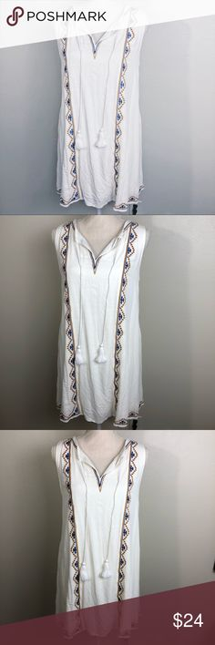 NWT✨ Boho Style Tassle Tie Dress NWT✨ Boho Style Tassle Tie Dress  New! Never worn!  Lined.  *open to negotiation and reasonable offers!* Anthropologie Dresses