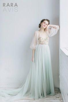 Wedding dress Filippa fairy wedding dress by RaraAvisAngeEtoiles
