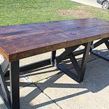 Building A Trestle Desk From Scrap Lumber