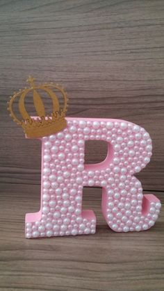 Floral Letters, Diy Letters, Letter A Crafts, Wood Letters, Crafts To Make, Diy Crafts, Ideas Para Fiestas, Decoration, Gifts For Kids