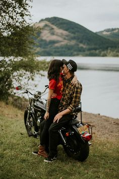 One of the coolest engagement sessions we've ever seen   Image by Dawn Photography