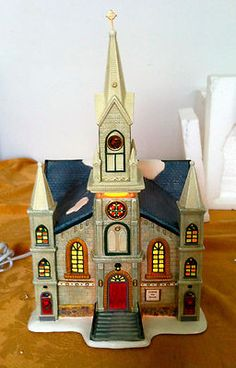 ST Nicholas Square Village Collection THE Cathedral Illuminiated Retired Mint | eBay