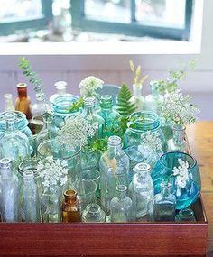 ガラス雑貨は手軽に北欧ブルーを表現できます。