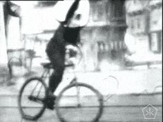 Edison's backwards bicycle rider (1899) | The Public Domain Review  http://publicdomainreview.org/2013/09/02/edisons-backwards-bicycle-rider-1899/