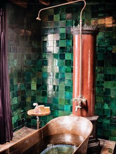 Green tiles copper bath Like the tile.just one thing I'd p. Green tiles copper bath Like the tile.just one thing I'd paint a mewling in the background, deciding whether or not to approach. Modern Boho Bathroom, Beautiful Bathrooms, Bathroom Green, Copper Bathroom, Small Bathroom, Bathroom Mirrors, Master Bathroom, Vintage Bathrooms, Bathroom Storage