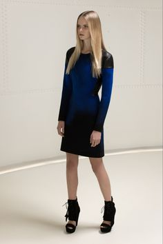 BLACK AND BLUE KNITTED DRESS WITH LEATHER DETAILS by Elise Kim - Carnet de Mode