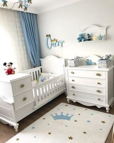 That evening I gathered her room tonight, changed her bed linen, sleep training … - Babyzimmer Ideen Baby Boy Room Decor, Baby Nursery Furniture, Baby Room Design, Baby Bedroom, Baby Boy Rooms, Baby Cribs, Nursery Room, Girl Room, Bedroom Boys