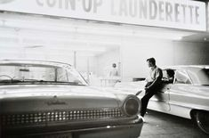 William Eggleston : Untitled (Man at laundry), Gelatin Silver Print 16 x 20 inches