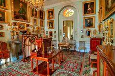 Grand Palais - Intérieur - Pavlovsk - Rez de Chaussée - Bureau Commun - Réalisé par Charles Cameron et retravaillé par Vincenzo Brenna puis par Andrei Voronikhin en 1803.